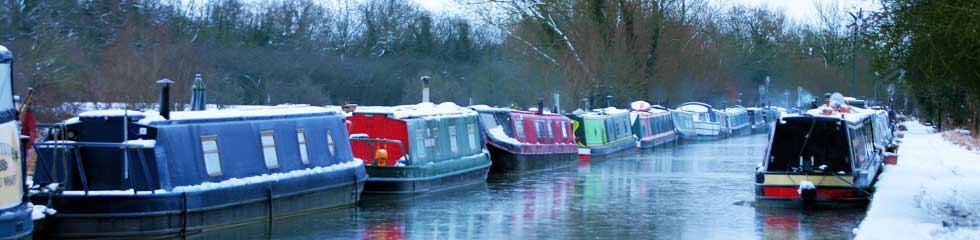 canal_boats_in_winter